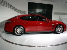 2013 Porsche Panamera GTS 1
