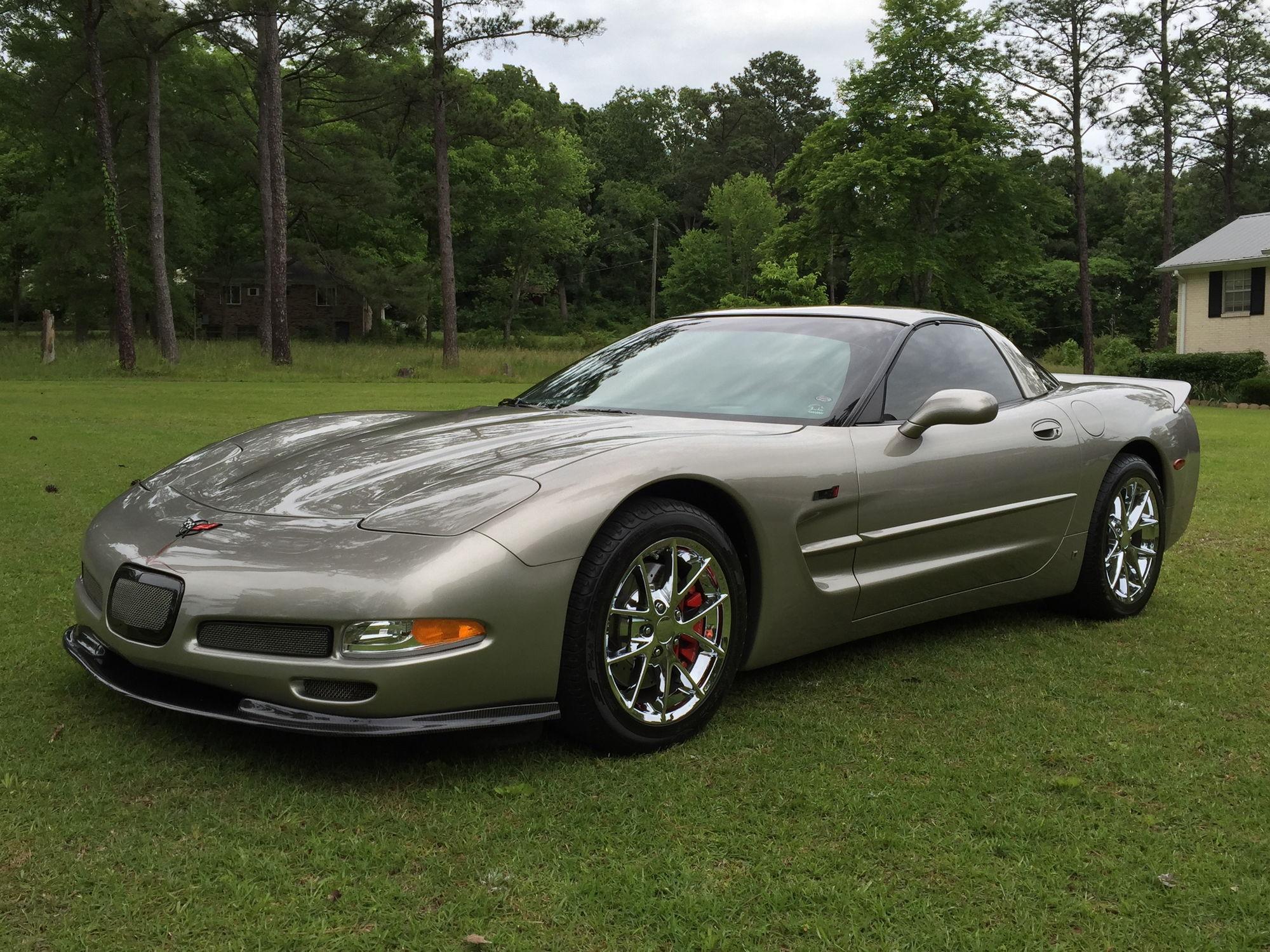 1999 Pewter Metallic Corvette Coupe Turn Key Show Car