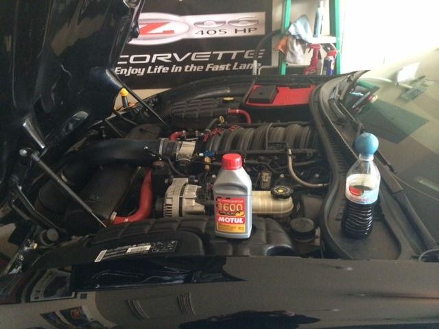 how to change corvette clutch fluid