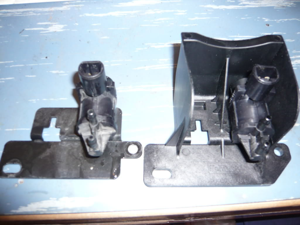 Ford Iwe further Ford F150 4wd General Information 360788 further T12820017 Find vacuum hose diagram toyota 1995 likewise Chl Auto blogspot furthermore 47d31 John Deere 310d Backhoe Having Problems. on iwe solenoid vacuum diagram