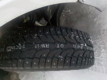 studded tire tread