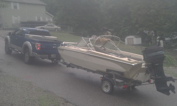 new boat, well...new to me, needs a paint job.