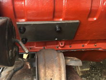 Drivers mount. you can see the clearance issues with the PS Pump.