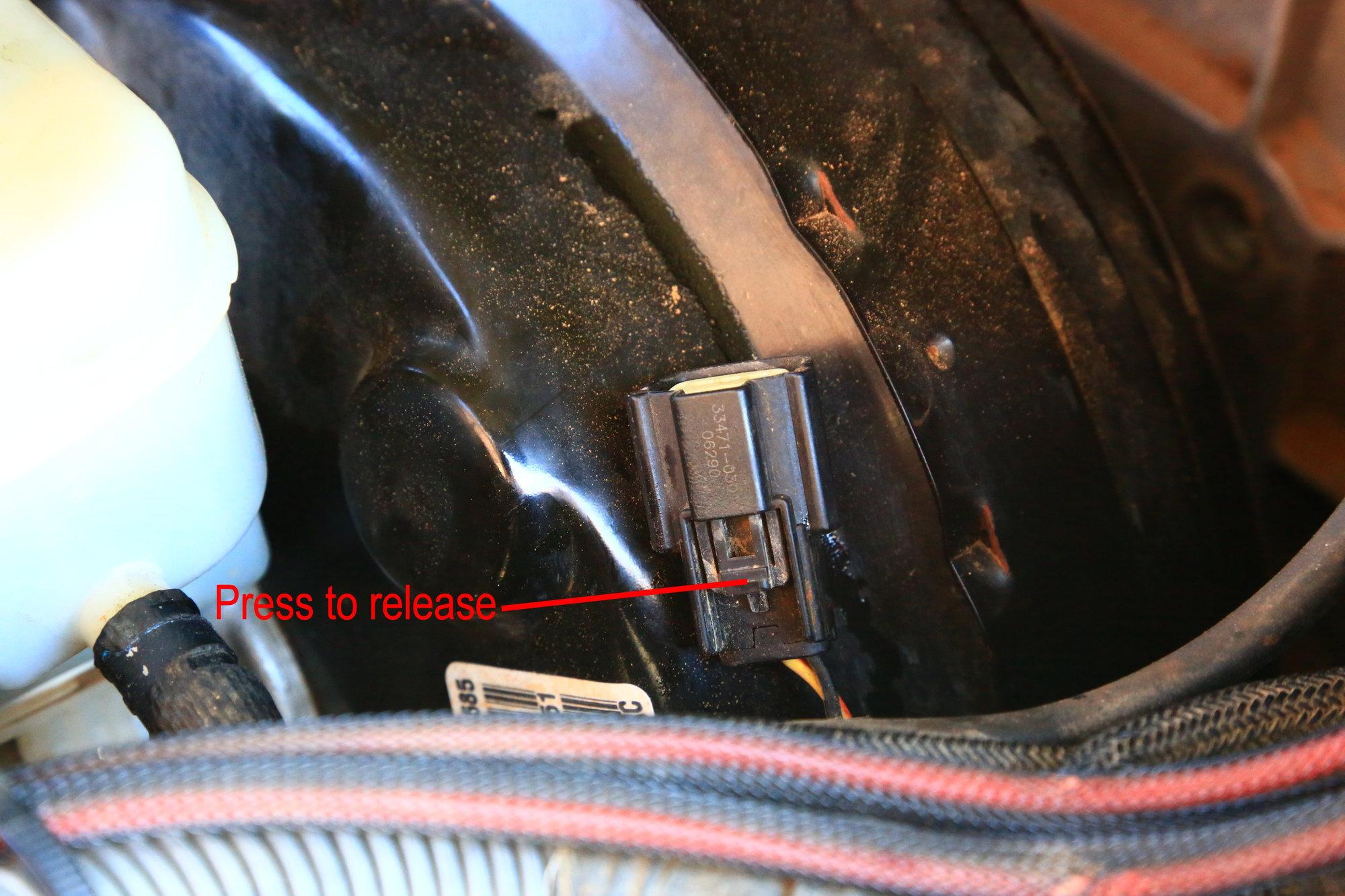 JK Clutch Master Cylinder Replacement Procedure - JK-Forum