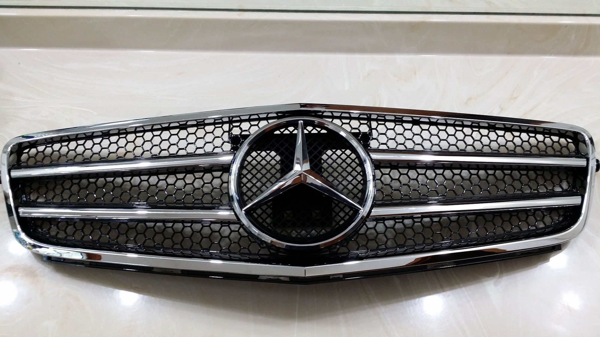 for sale mercedes benz w204 c class sport grille grill. Black Bedroom Furniture Sets. Home Design Ideas