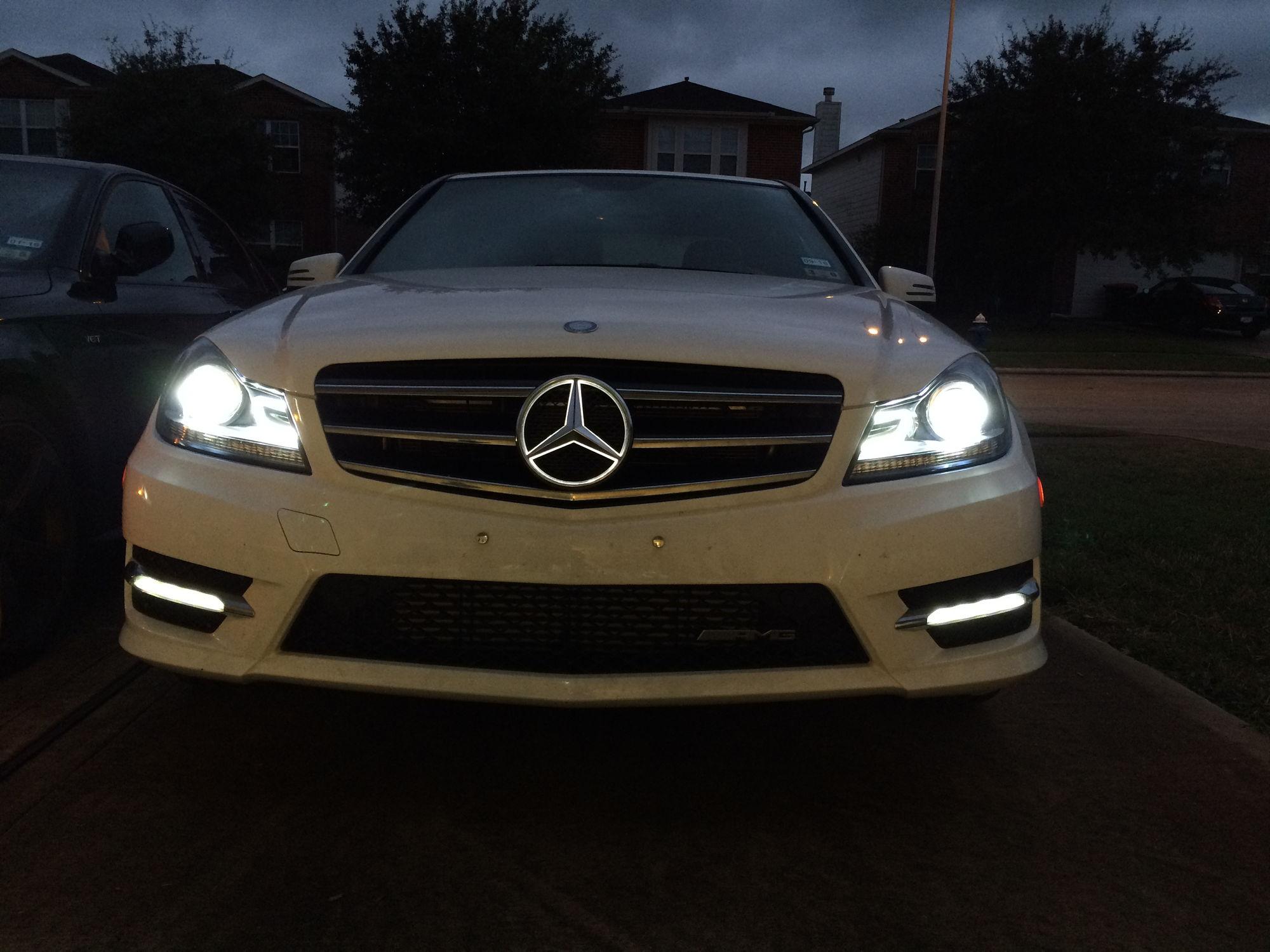 Mb illuminated star forums for Mercedes benz illuminated star