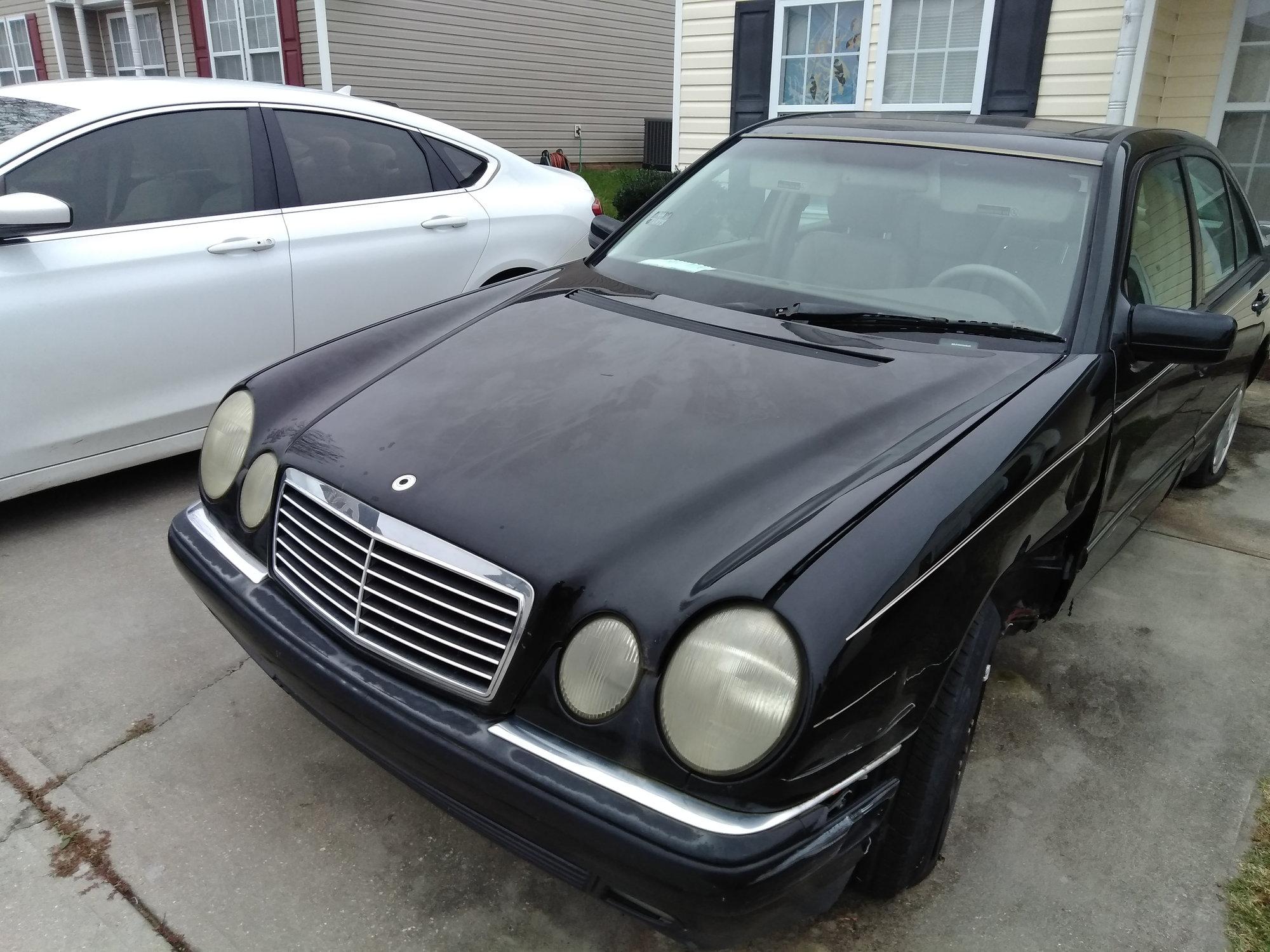 99 Mercedes e320