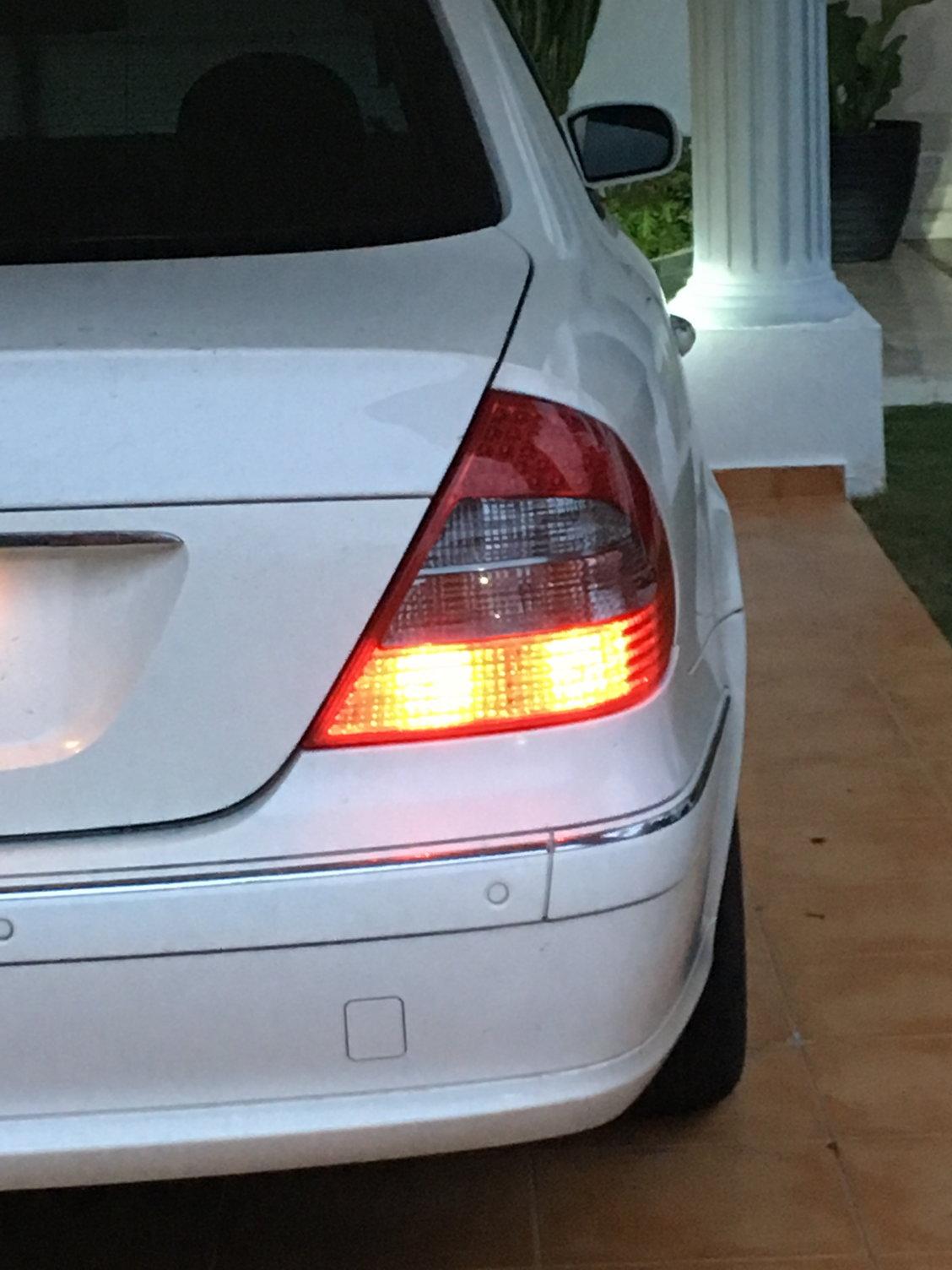For Mercedes W211 E320 E550 Passenger Right Mirror Glass OEM 211 810 08 21