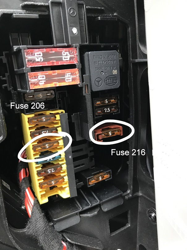 80 8_dashboard_fuse_box_detail_8b28a4e3488454bd946e244f638cab7f3d8bfa41 w463 fuse box fuse 8a 250v 326 \u2022 45 63 74 91  at gsmportal.co