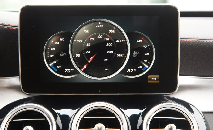 Digital HP and Torque Gauges on LCD Screen? - MBWorld.org ...