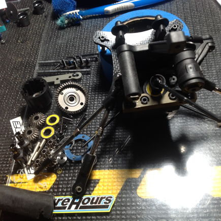 Front diff and bulkhead