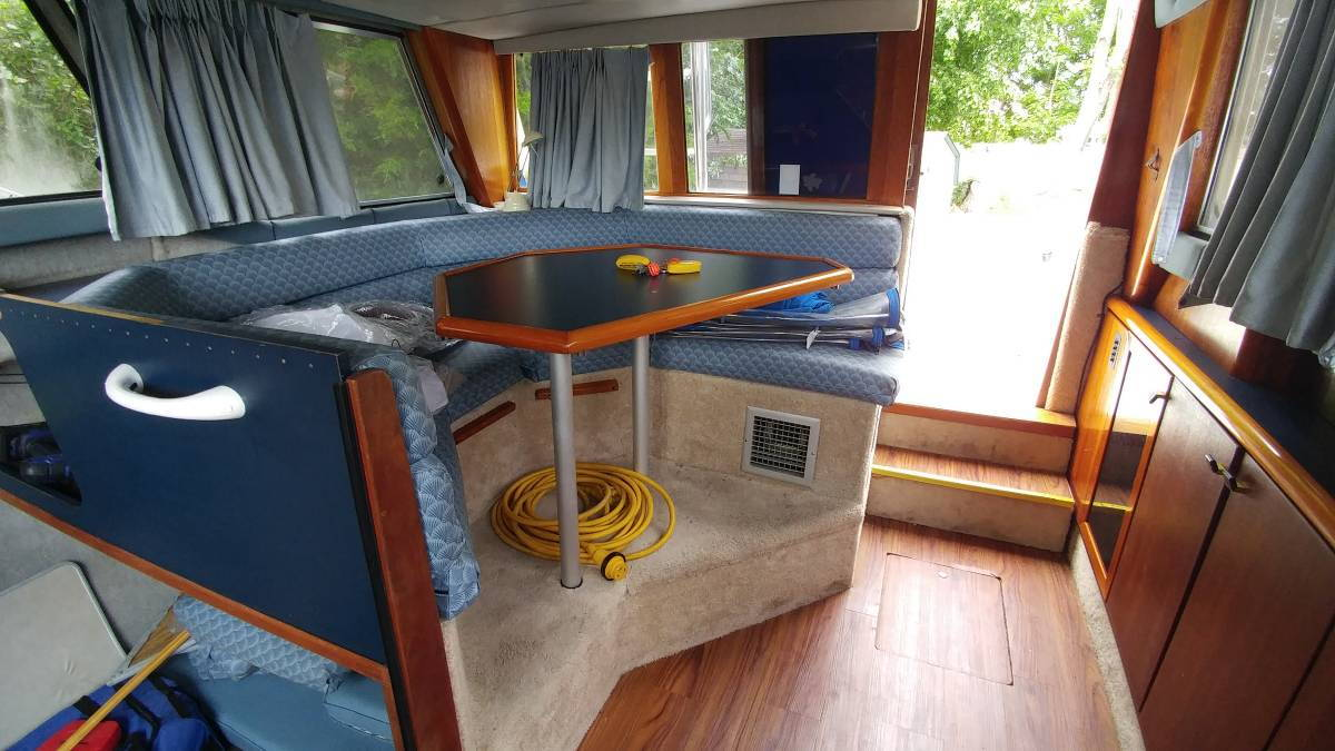 Bayliner 2958 -- 1988 -- Thoughts please? - The Hull Truth - Boating