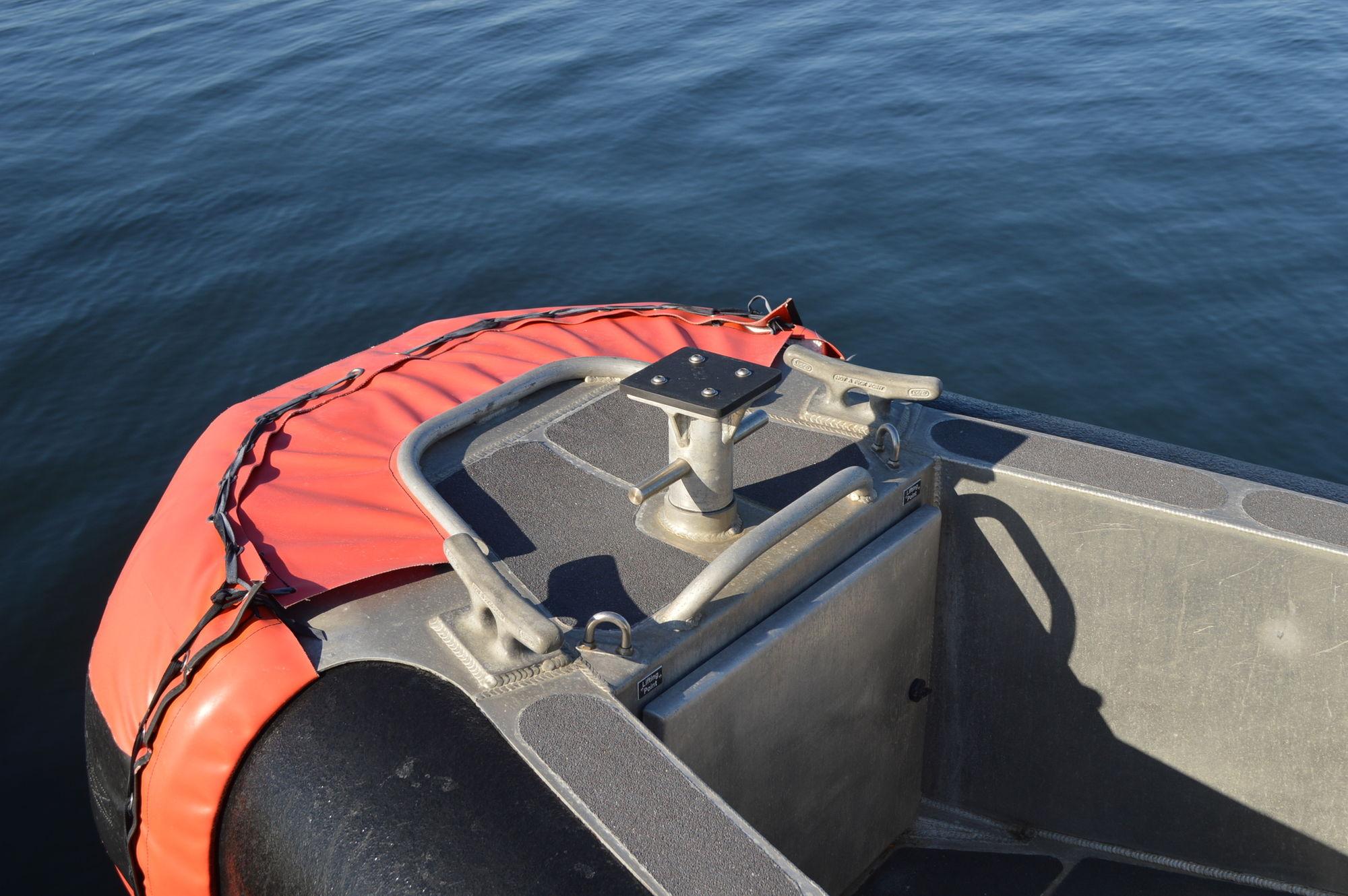 safe boat 25 full cabin for sale 2017 refit the hull. Black Bedroom Furniture Sets. Home Design Ideas