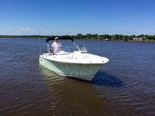 Sea Hunt 235SE