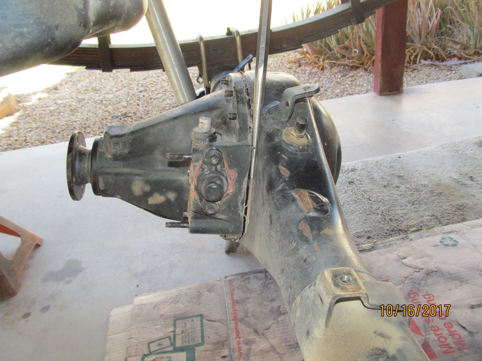 SAS FJ60 with axle housing flip and front shackle for my