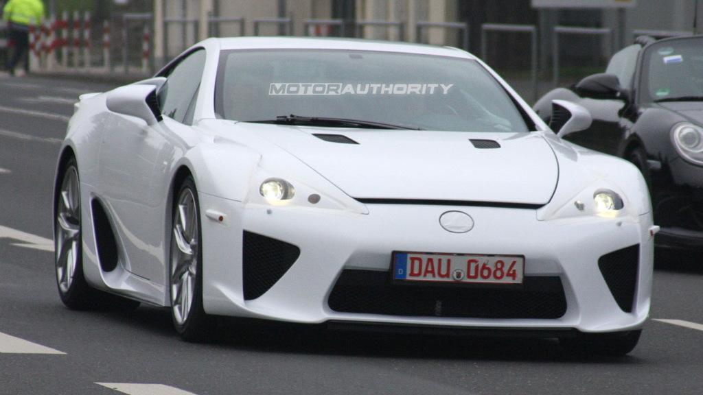 2011 Lexus LF-A spy shots