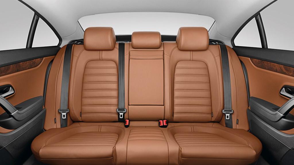 Volkswagen Passat CC fifth seat