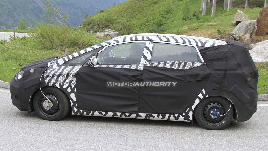 Hyundai HED-5 based MPV spy shots
