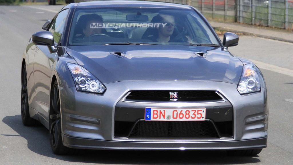 2012 Nissan GT-R spy shots