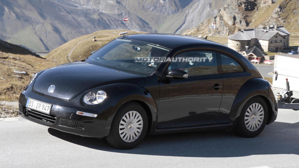 2012 Volkswagen New Beetle spy shots