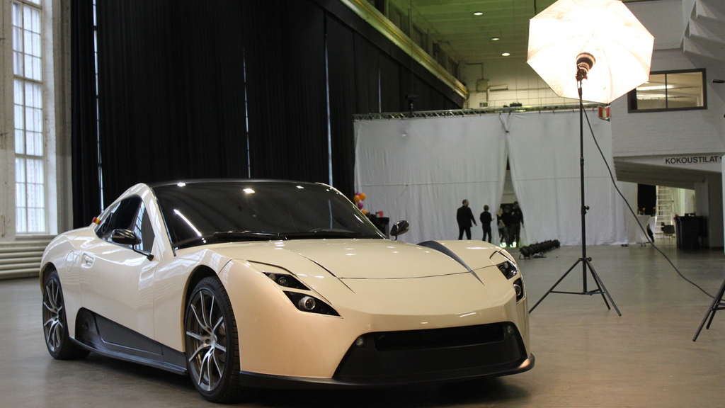 Electric RaceAbout EV