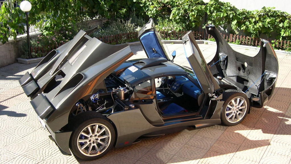 Simbol Design Lavazza GTX-R supercar