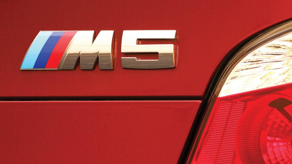 BMW M5 badge