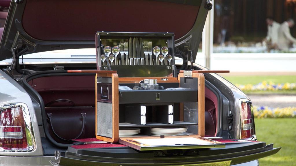 Rolls-Royce Bespoke vehicle customization service