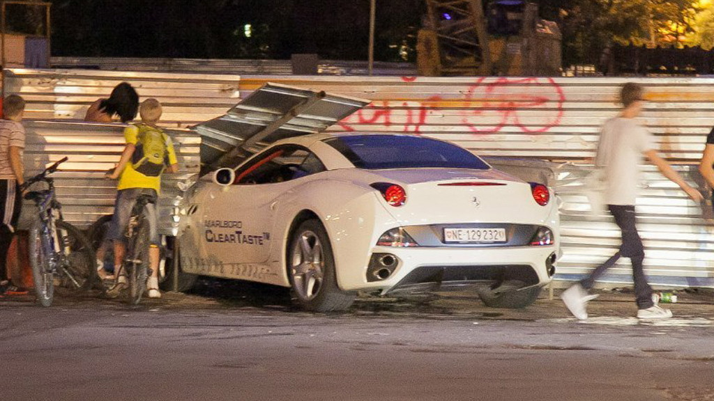 Wreckage of a Ferrari California that crashed in Russia - Image courtesy Vninform