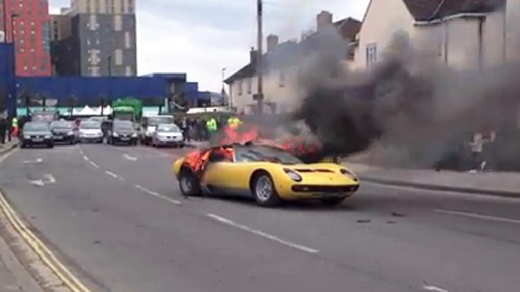 Lamborghini Miura P400 SV on fire on a London street