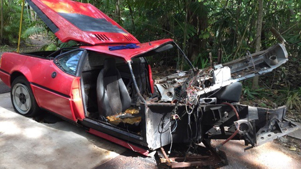 1980 BMW M1 wreckage up for sale - Image via Gullwing Motorcars