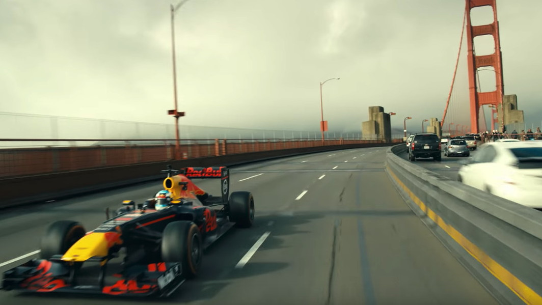 Daniel Ricciardo takes an American road trip in his Formula 1 race car