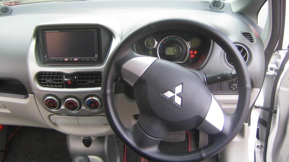 Mitsubishi i-MiEV electric car - interior - December 2008