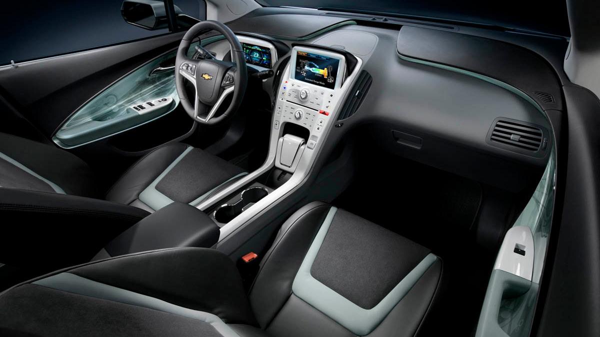 2011 chevy volt interior 011