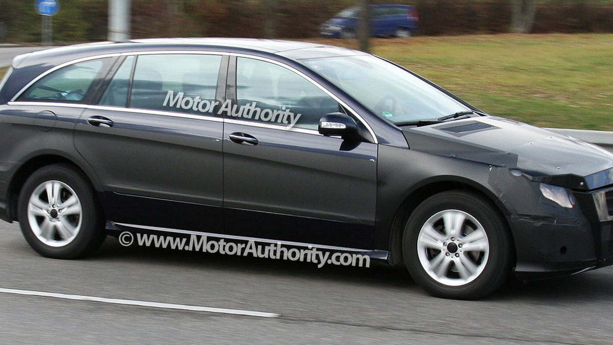 2010 mercedes benz r class facelift spy shots december 004