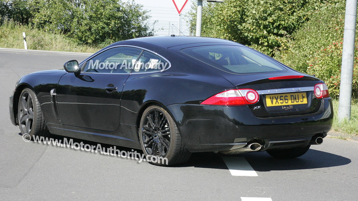 mystery jaguar xk spy shots september 08 004