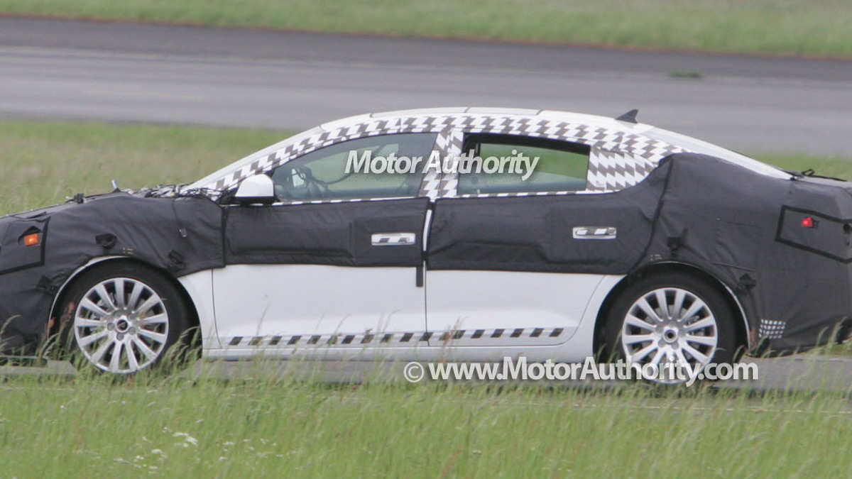 buick lacrosse spy motorauthority 003