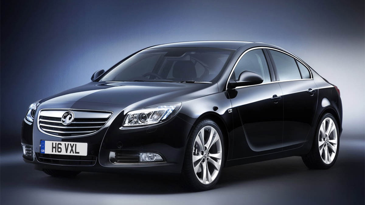 2009 gm insignia interior motorauthority 002