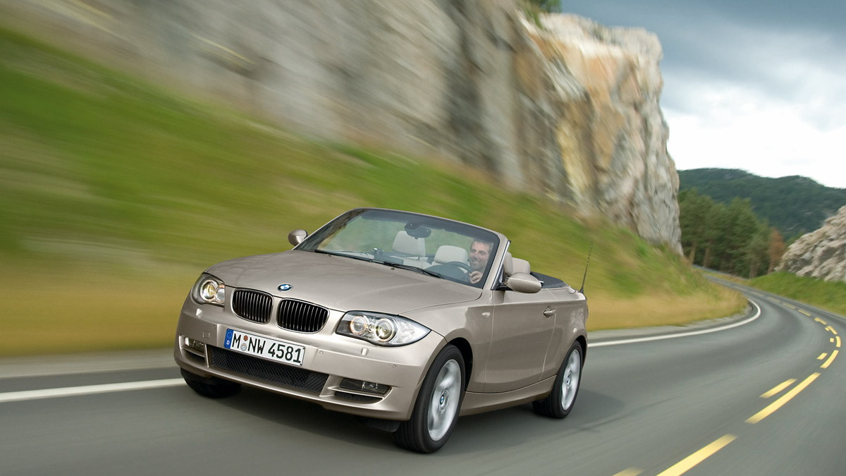 2008 bmw 1 series convertible motorauthority 002