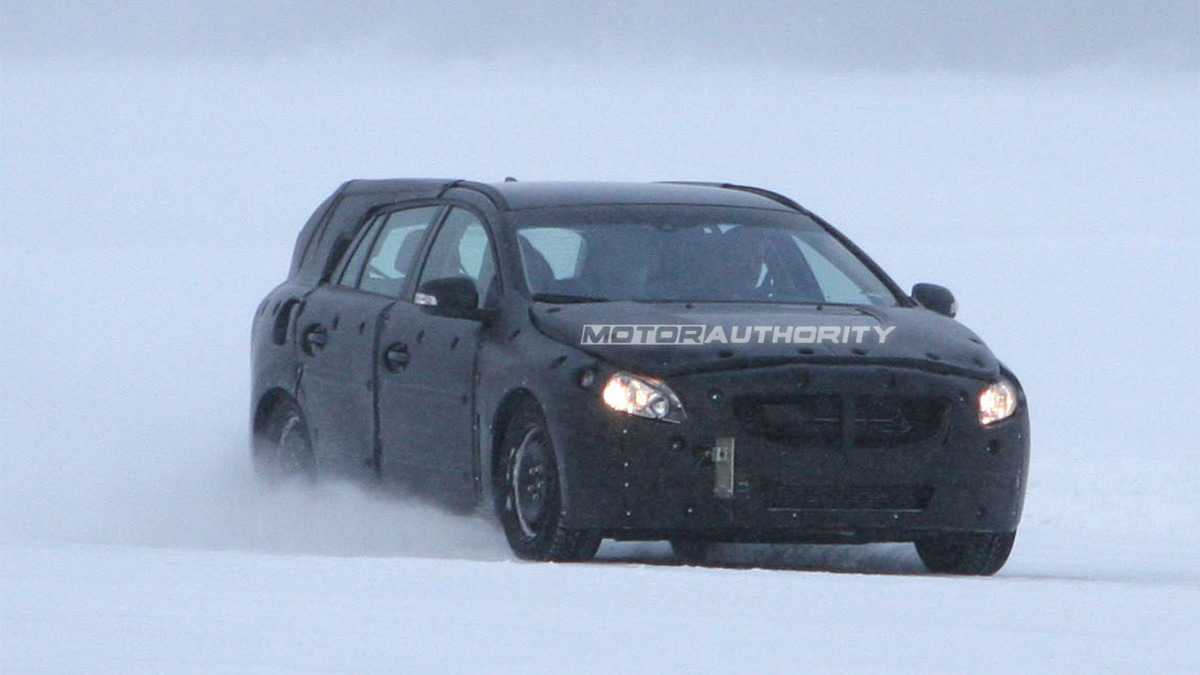 2011 Volvo V60 spy shots