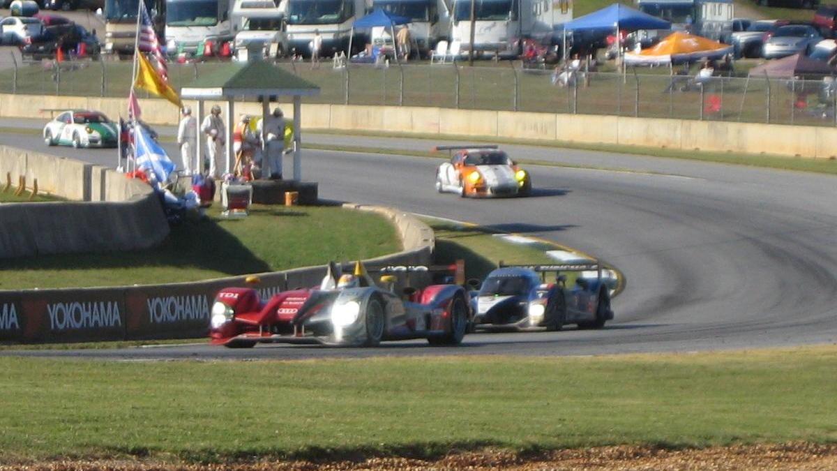 Audi R15 TDI, Peugeot 908 HDI, Porsche 911 GT3 R Hybrid at Petit Le Mans