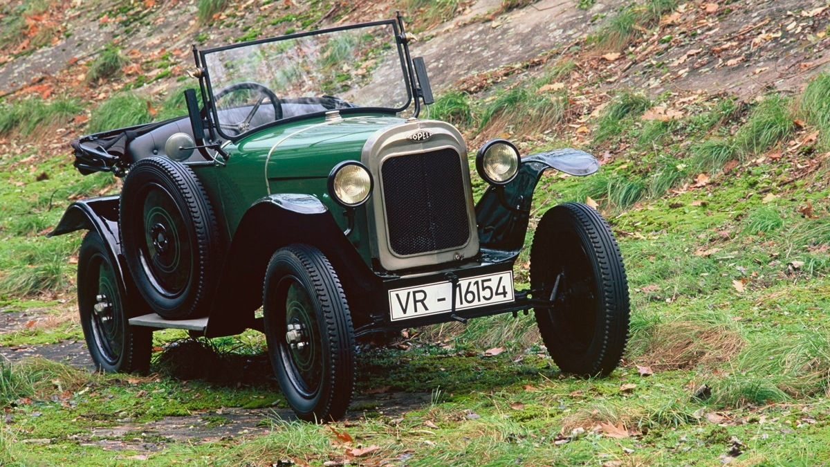 Scenes from Opel's history - the Opel 4 'Tree Frog'