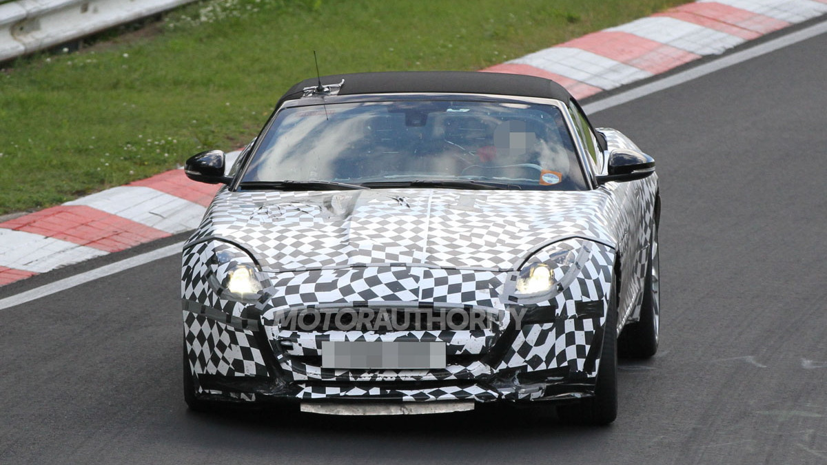 2014 Jaguar F-Type R spy shots