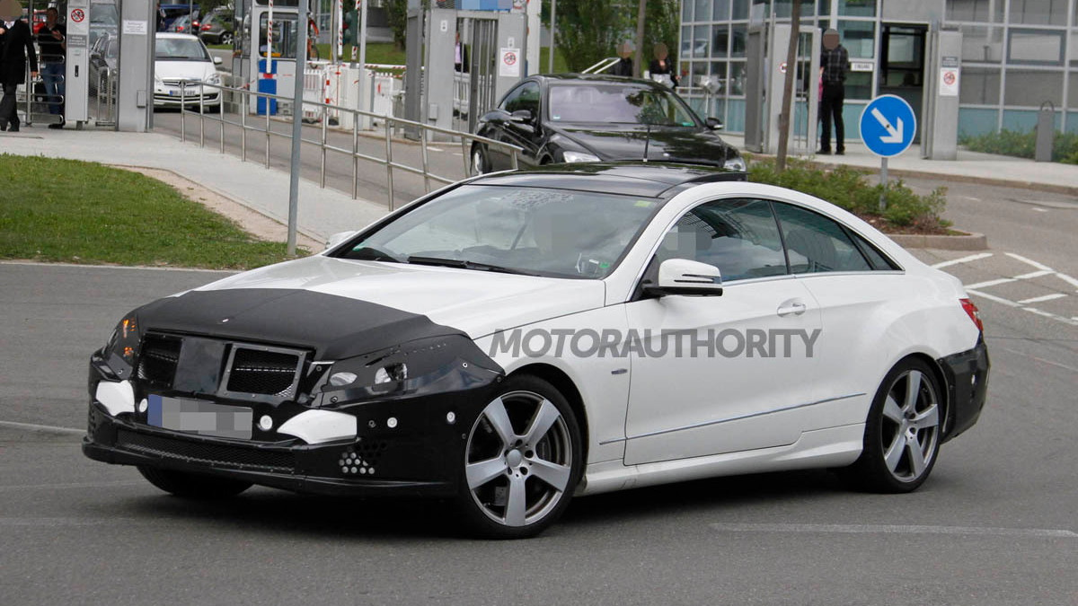 2014 Mercedes-Benz E Class Coupe spy shots