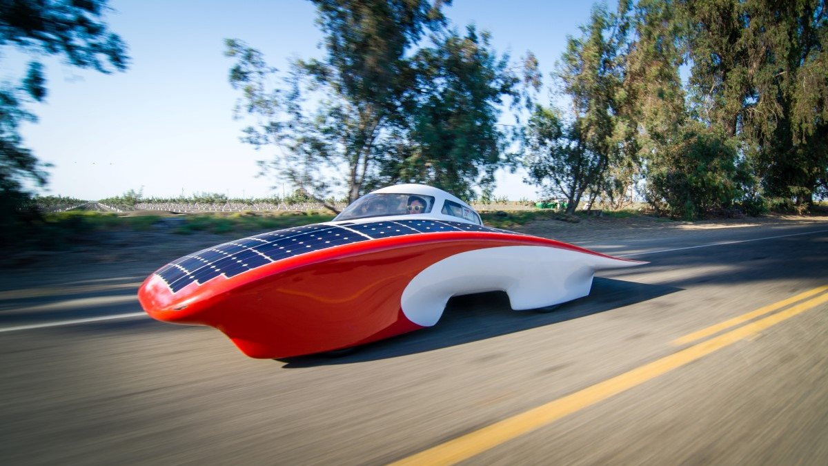Stanford's Luminos World Solar Challenge car (Image: Stanford Solar Car Project)