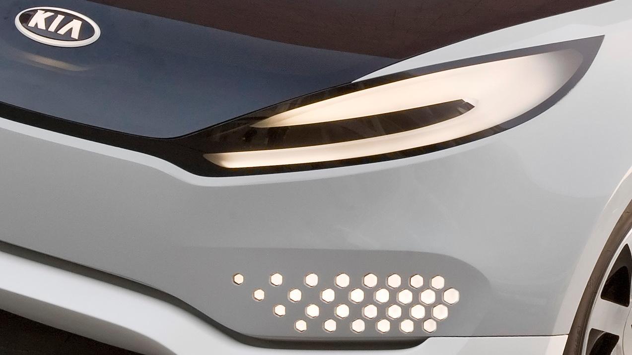 Second Kia Ray Concept plug-in hybrid teaser