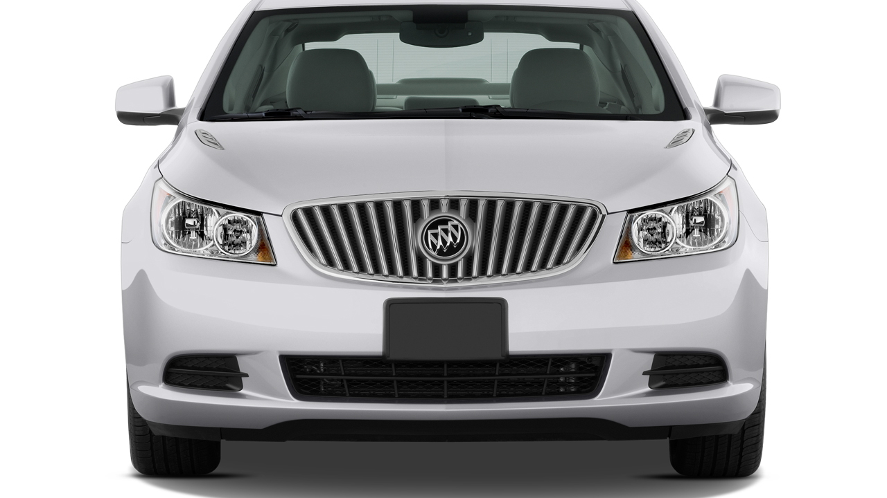 2010 Buick LaCrosse 4-door Sedan CX 3.0L Front Exterior View