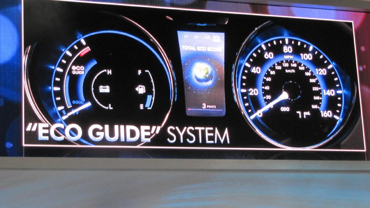2011 Hyundai Sonata Hybrid at 2010 New York Auto Show