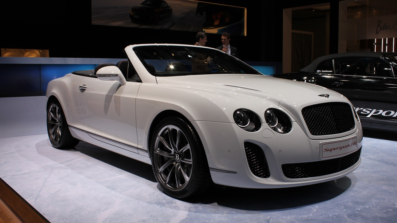 Bentley Continental Supersports Convertible ISR live photos