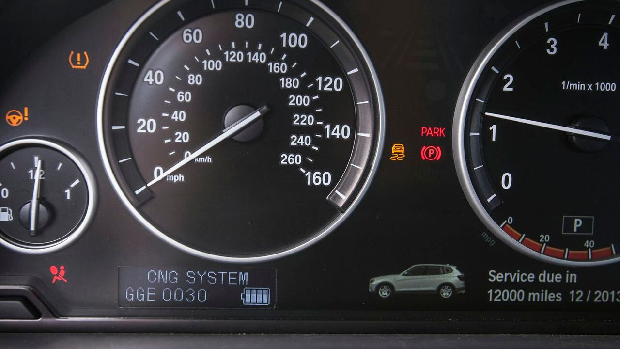 Natural-gas vehicle prototypes, Los Angeles, May 2013 - BMW X3 added instrumentation